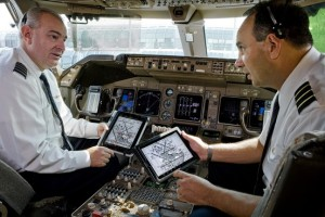 United pilots use iPads in the cockpit
