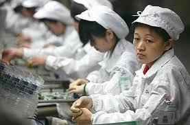apple worker