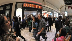 Aeropostale workers say they are being put under unnecessary stress.