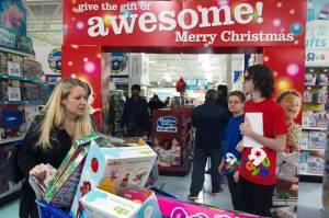A Black Friday shopper at Toys R Us in Fairfax,VA