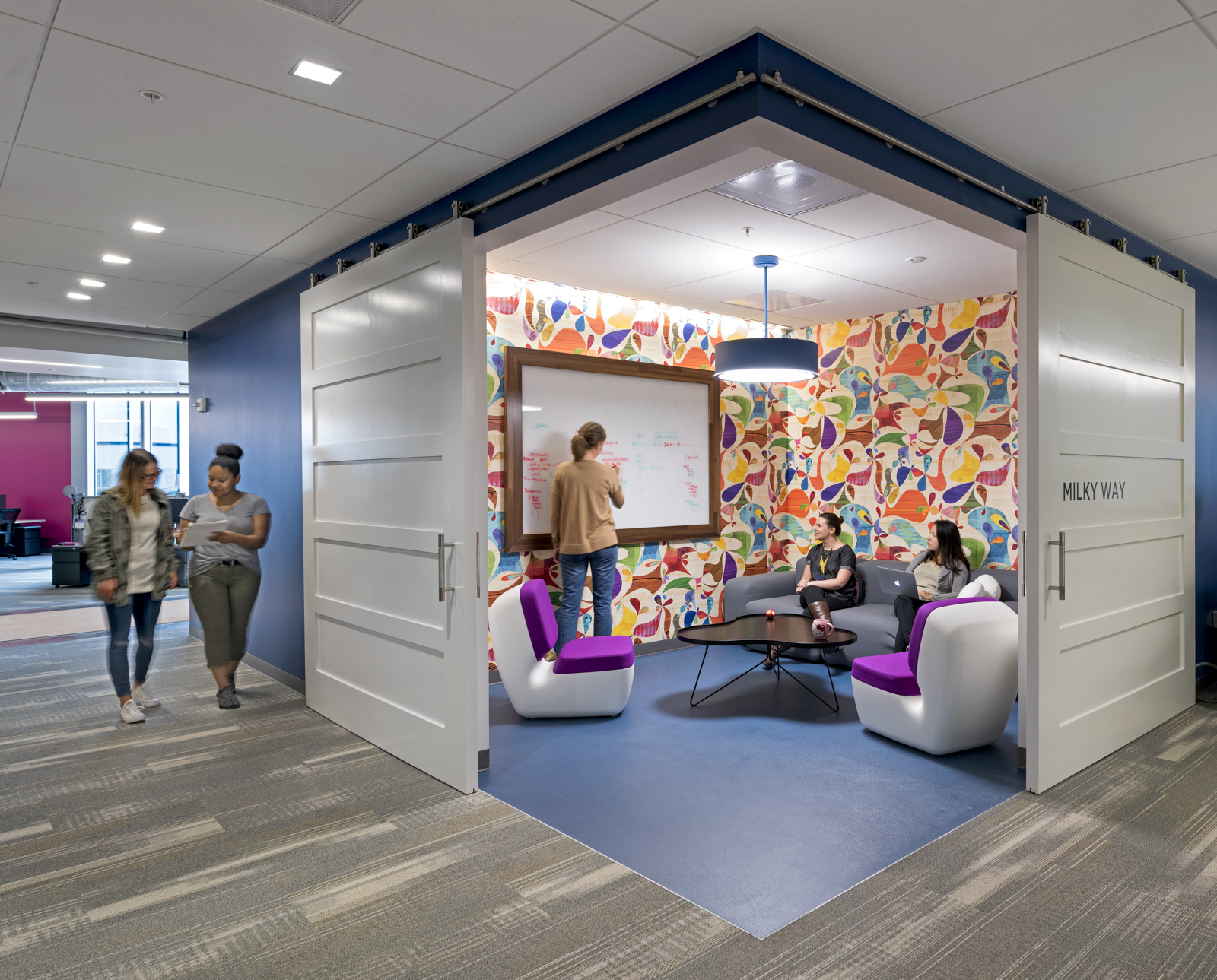 Om in the news office layout in silicon valley jay for Google office interior designs pictures